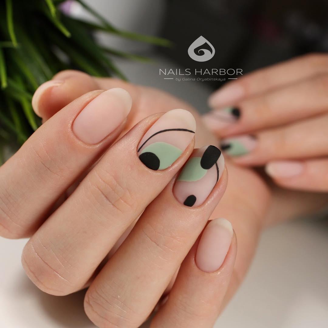 Маникюр прозрачный на короткие ногти фото дизайн 2018