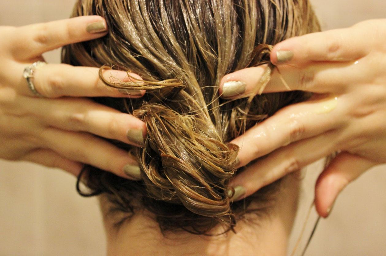 Как восстановить волосы в домашних условиях: 12 советов
