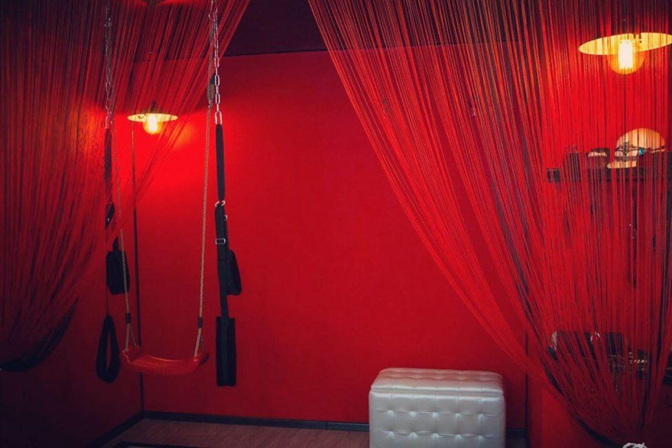 Красная комната боли