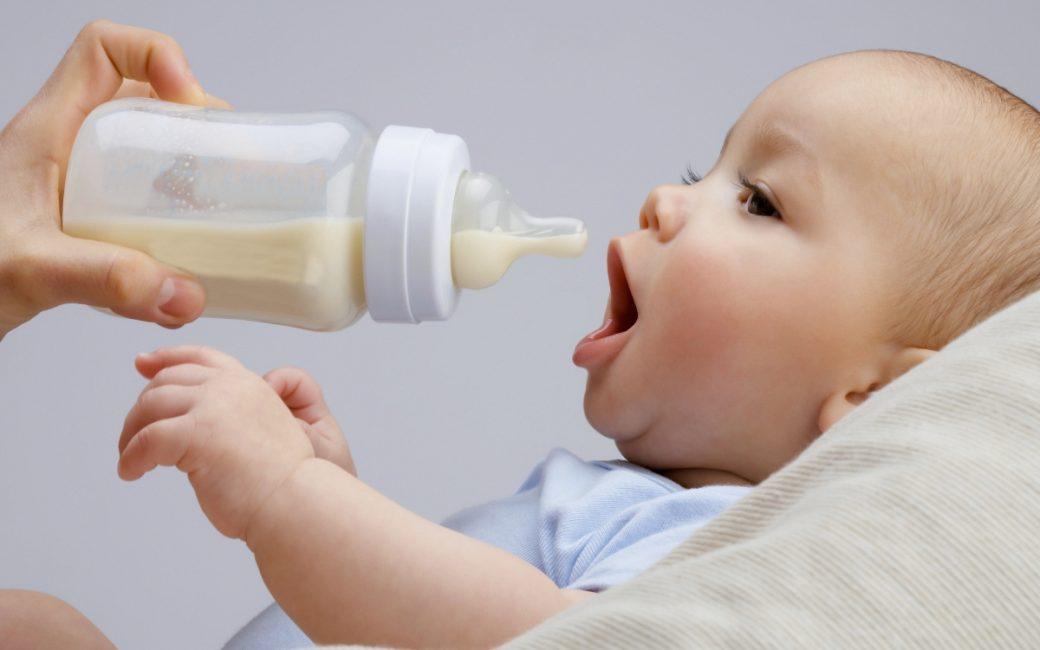 Малыш должен получать достаточное количество молока