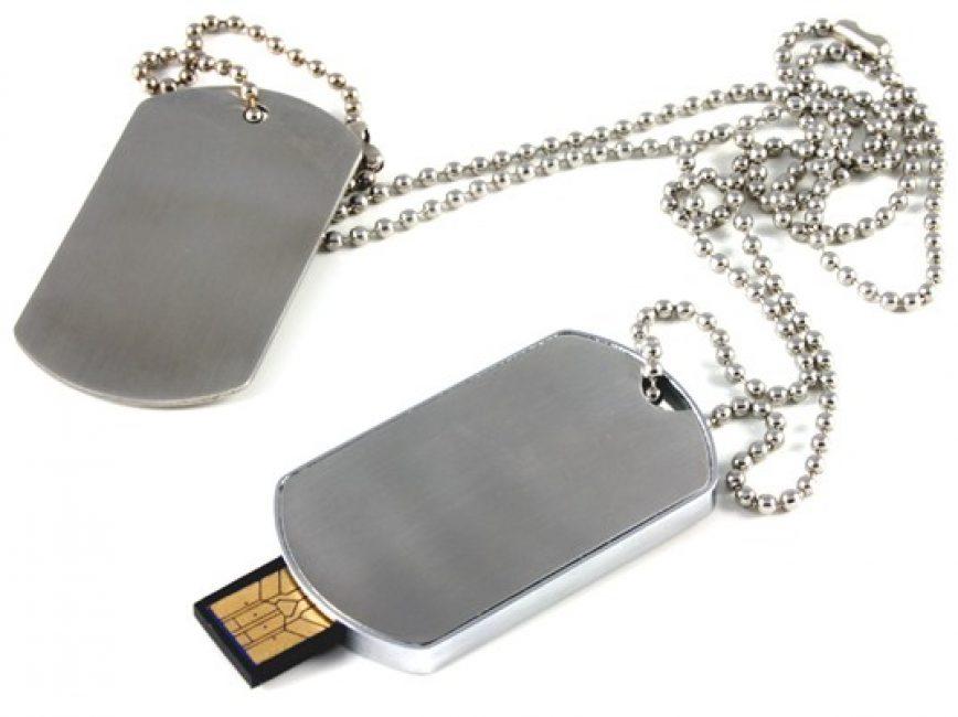 Флешка-медальон
