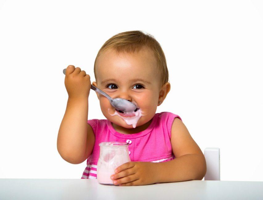 Молочные продукты очень важны для малышей