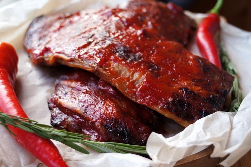 Мясо под луковым соусом