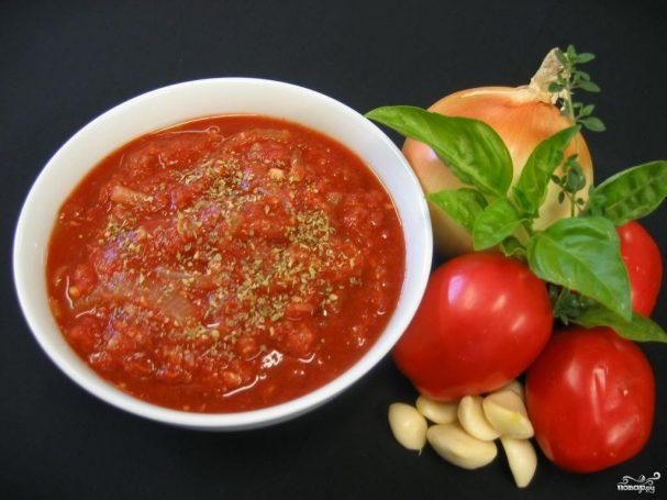 Соус из чеснока и томатов