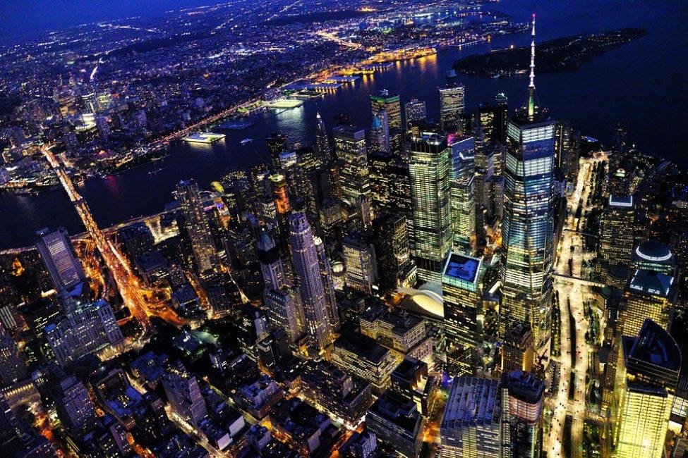 Нью Йорк. Ночной пейзаж (Манхеттен)