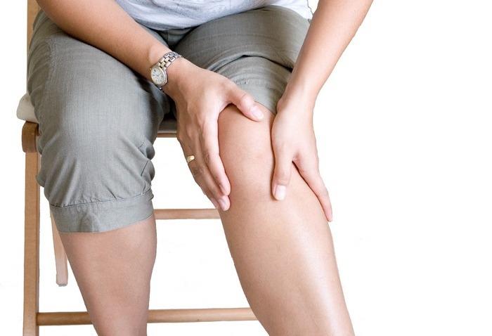 Боль в суставах – верных признак дефицита витамина.