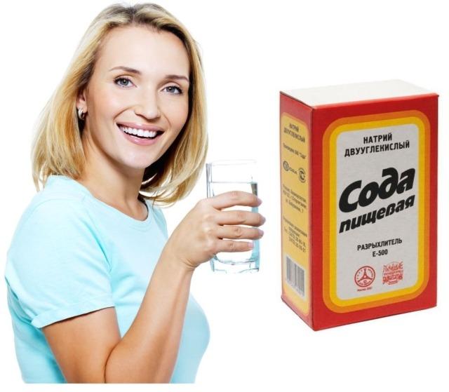 Обычная пищевая сода является эффективным средством при болезни горла