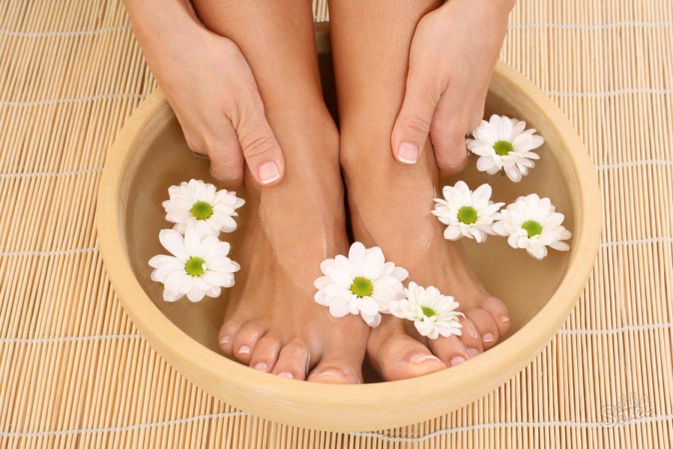 Попробуйте народные средства для избавления от запаха