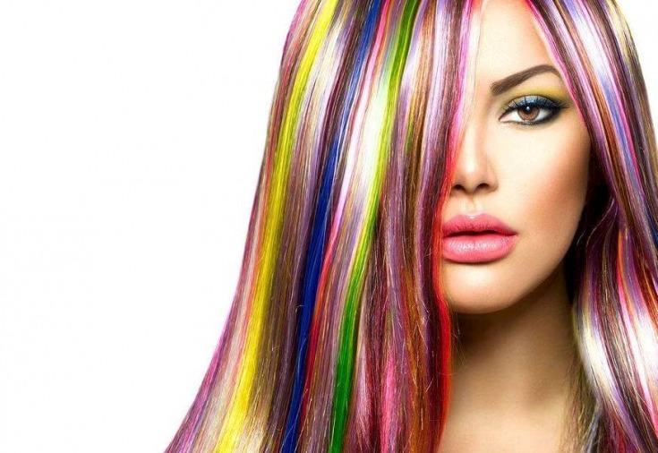 Определиться с выбором оттенка поможет опытный парикмахер-стилист