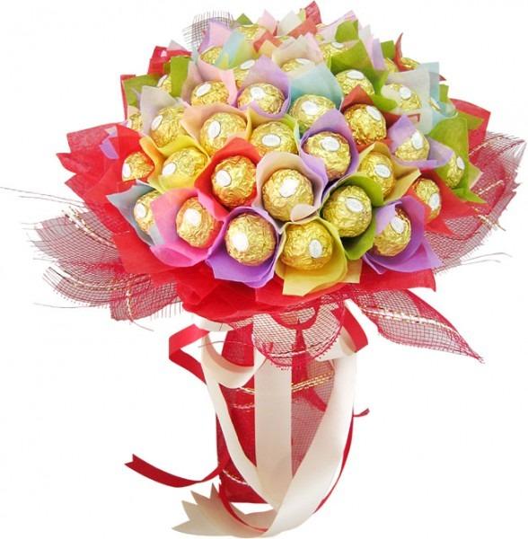 Композиции из различных конфет