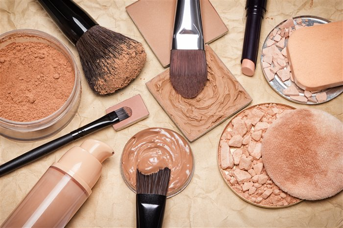 Тональный крем – основа основ любого макияжа