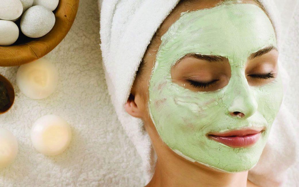 Если вы обладатель сухой кожи, то не забывайте о том, что вам противопоказаны паровые ванны, и вообще, распаривать кожу не желательно