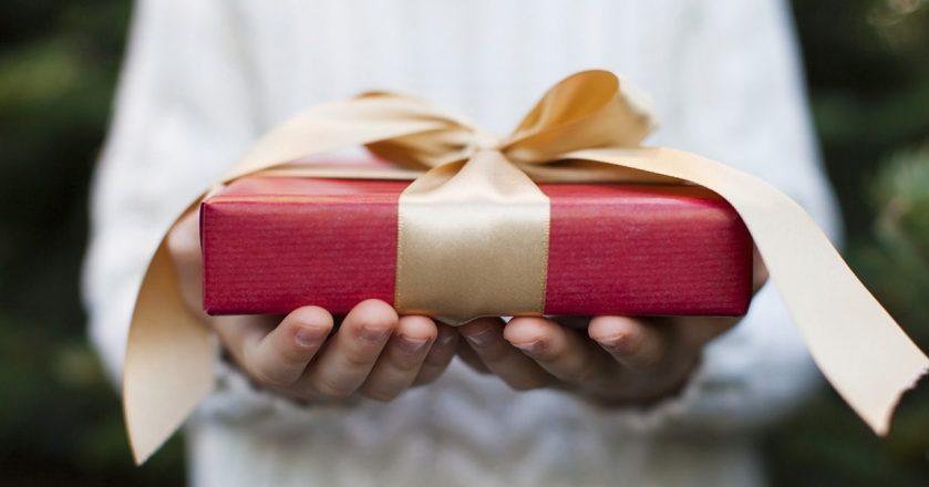 Что подарить папе в День Рождения? ТОП-10 лучших подарков отцу