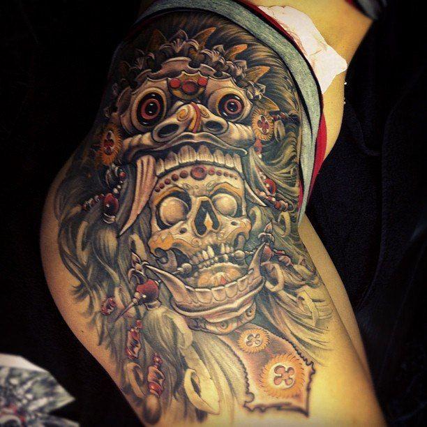 Татуировка в стиле Майа