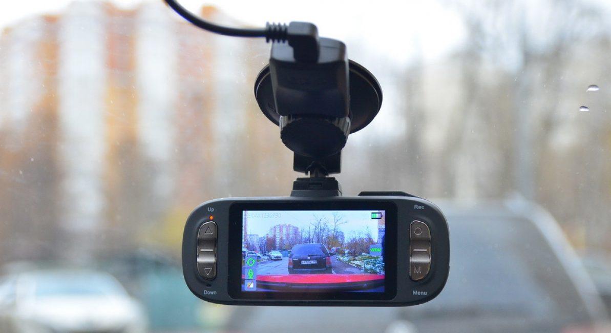 Модель AdvoCam с экраном