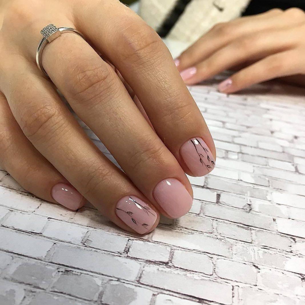 Нейтральный маникюр на короткие ногти (48 фото)