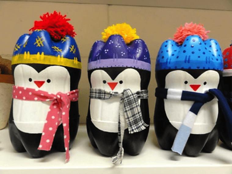 Красочные пингвины из простой пластиковой бутылки
