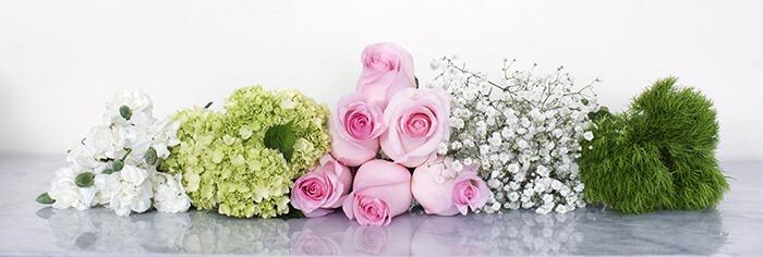 Подготовленные цветы к составлению композиции.