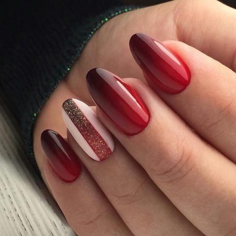 Градиент на острых ногтях
