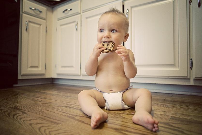 Если совмещать еду с игрой, то у ребенка будет больше интереса к питанию