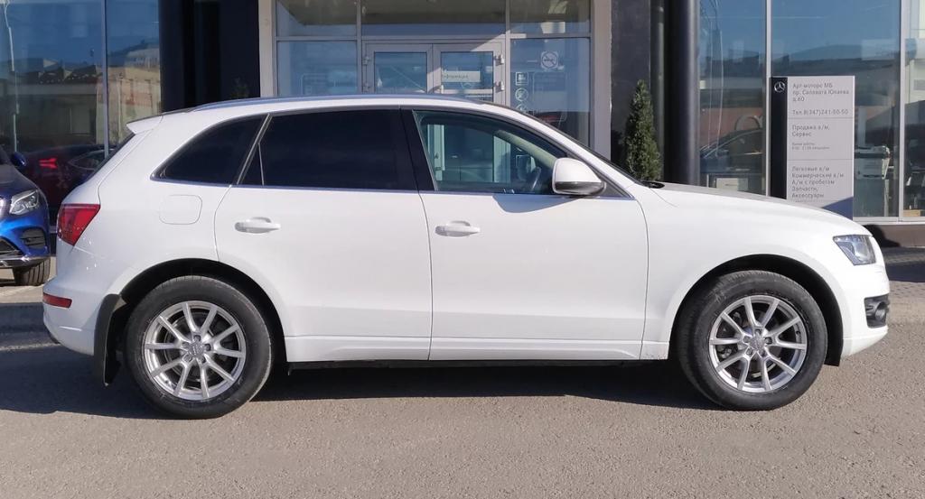 Audi Q5 2010 года выпуска