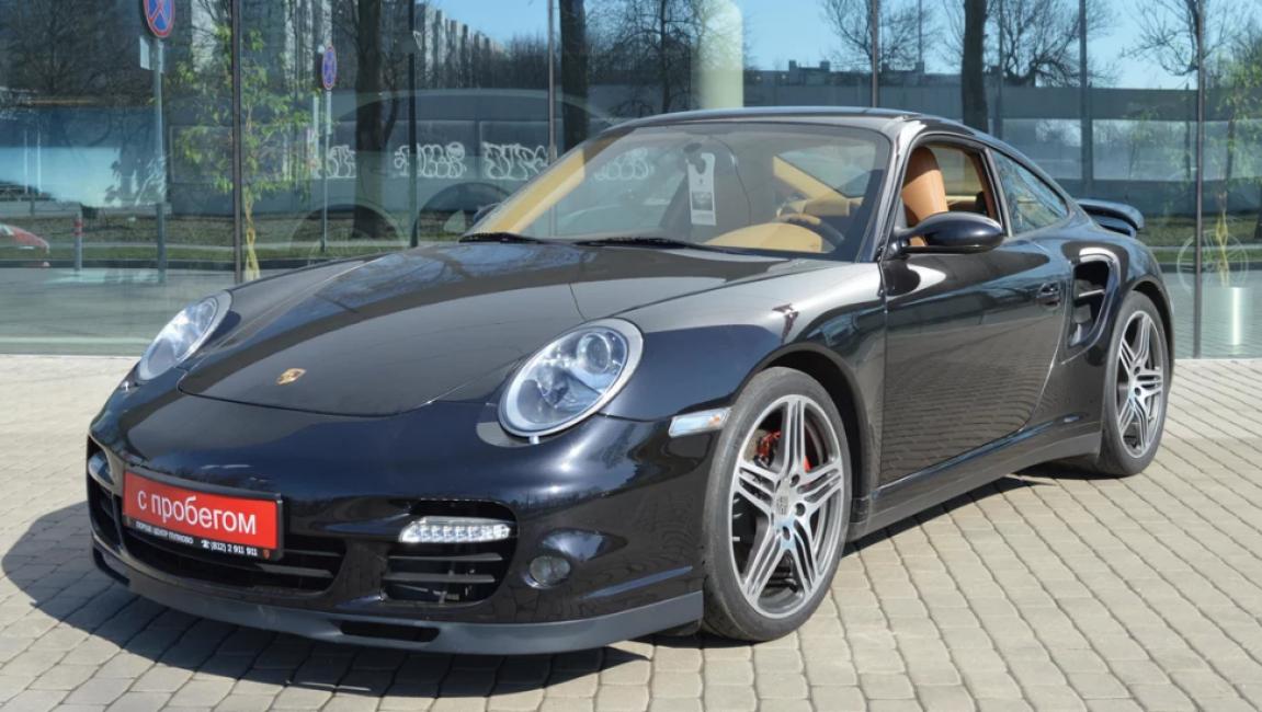 Porsche 911 2006 года выпуска.