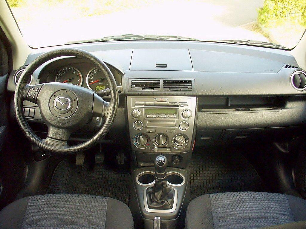 Mazda 2 первого поколения