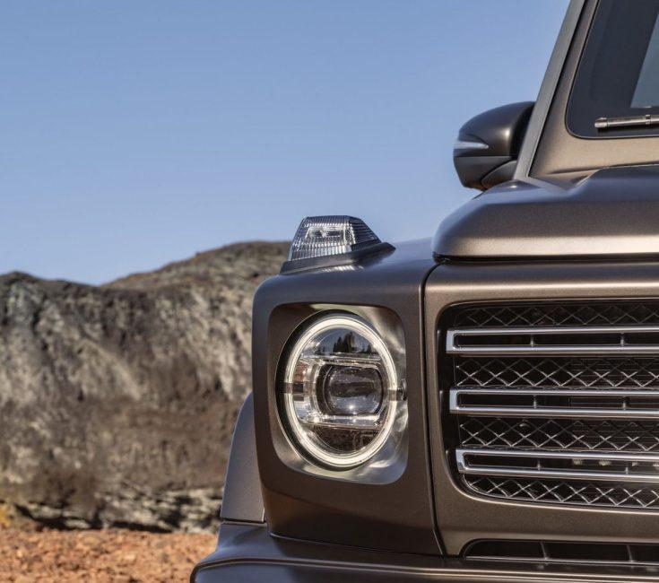 Передняя оптика нового Mercedes-Benz G-Class