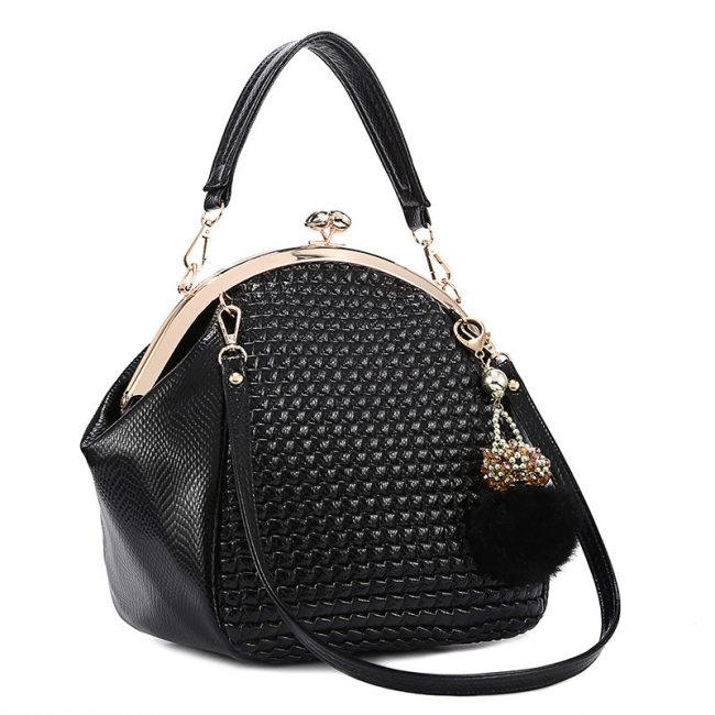 Женственная сумка в стиле ретро