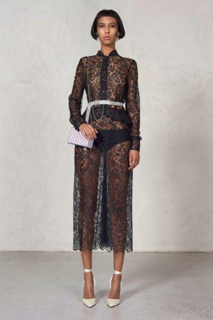 Практически полностью прозрачное платье от Alessandra Rich