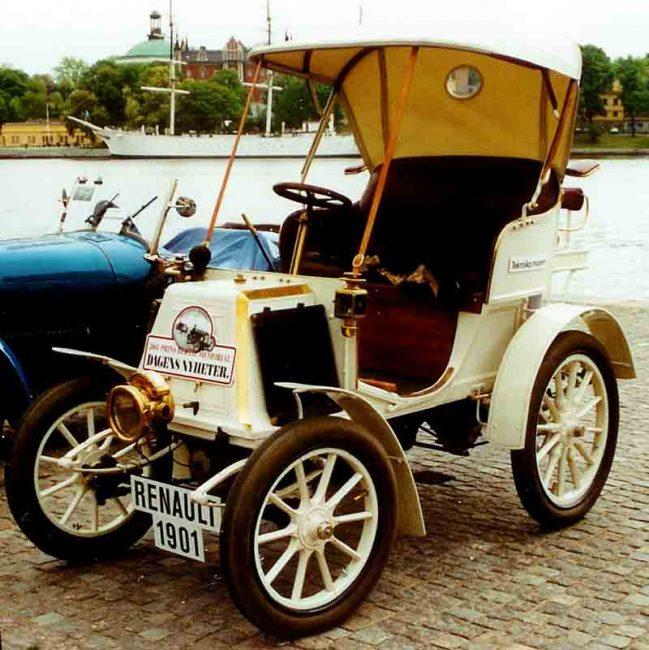 Один из первых автомобилей Renault Voiturette, 1901 года выпуска