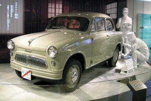 Первый серийный автомобиль Suzuki Suzulight