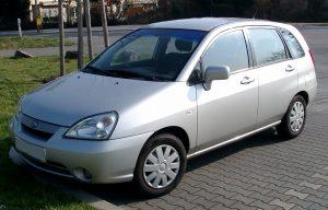 Suzuki Liana в вариантах минивэна и седана