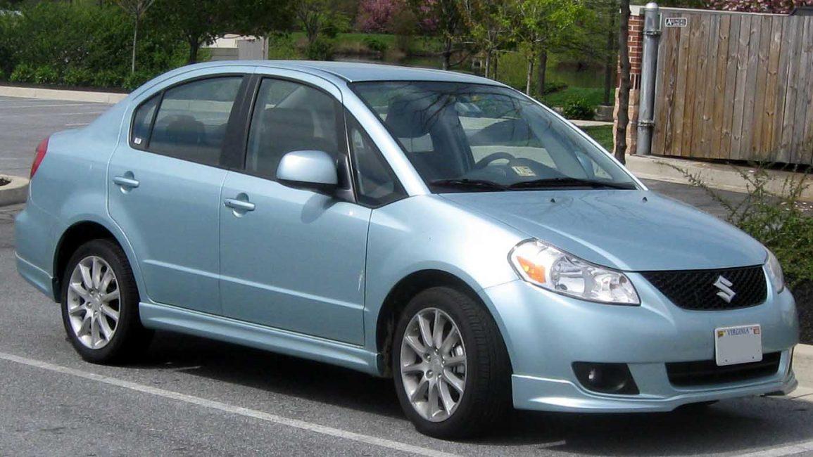 Suzuki SX4 первого поколения в кузове седан