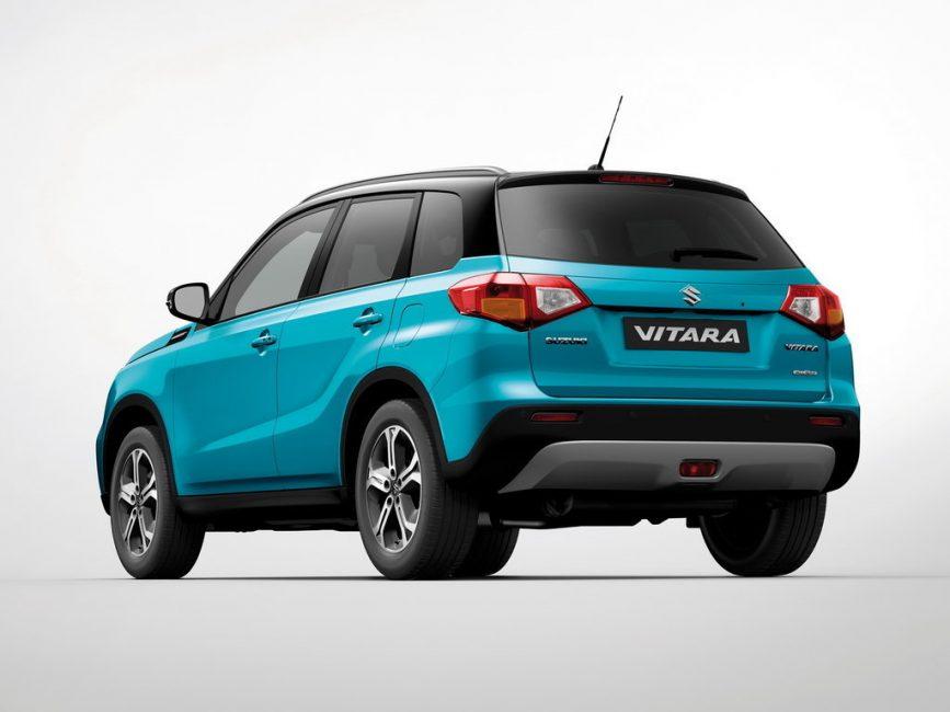 Suzuki Vitara вид сзади