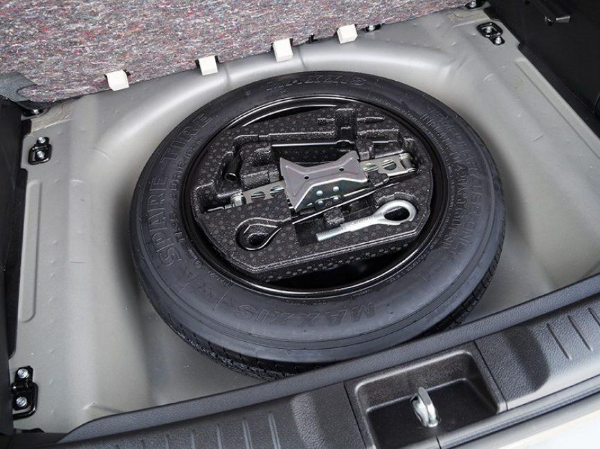 Запасное колесо новой Suzuki Vitara