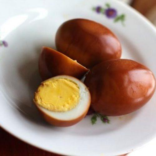 Сколько минут варить куриные и перепелиные яйца после закипания воды всмятку, вкрутую, в шелухе. Как варить яйца на Пасху? ТОП-5 Рецептов