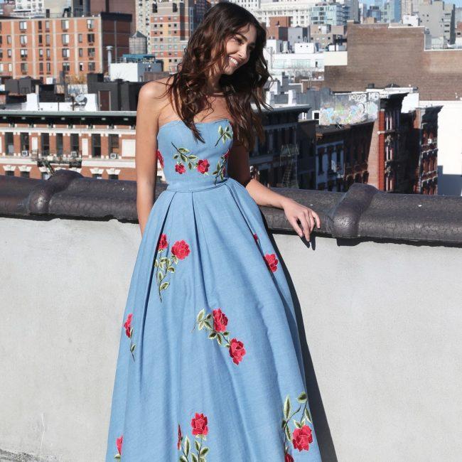 Еще один вариант свадебного платья из денима
