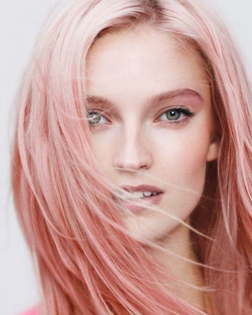 Розовый оттенок