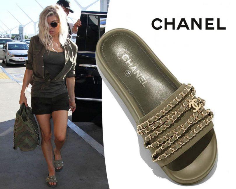 Певица Fergi в стиле хакки в слайдерах Chanel