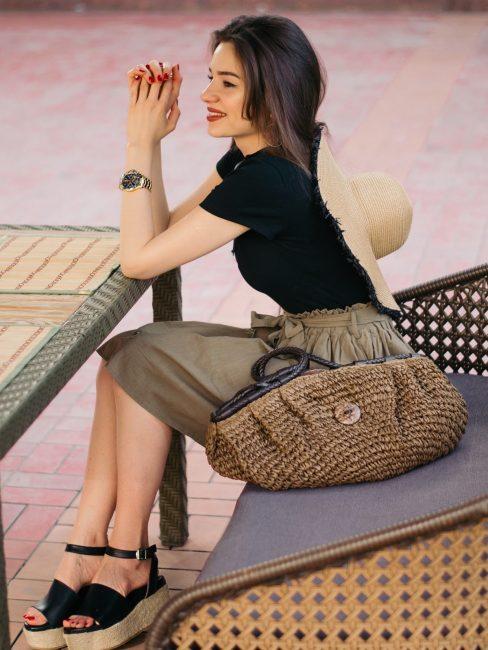 Сафари-стиль с босоножками на платформе с джутовой подошвой