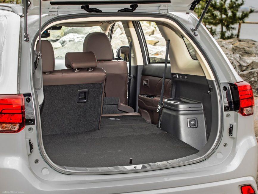 Багажник Mitsubishi Outlander