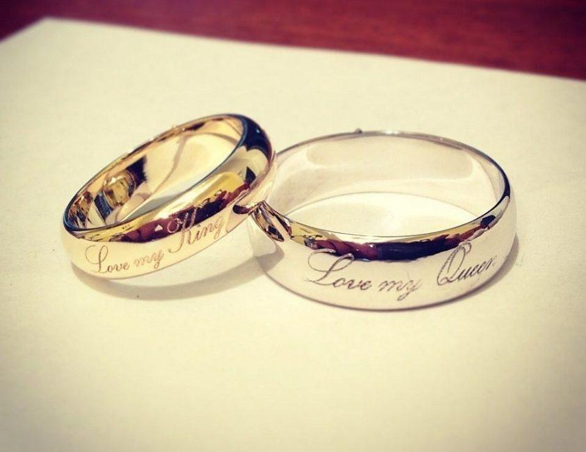 Обручальные золотые кольца – знак долгой и счастливой семейной жизни