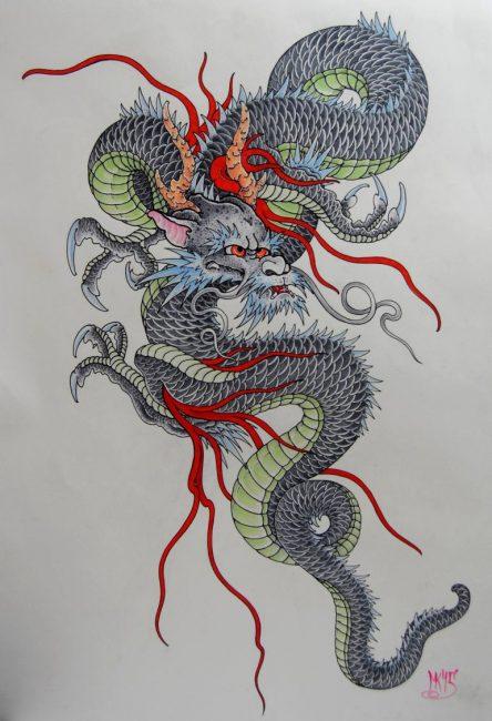 У японцев змей с рогами, бородой и тремя пальцами