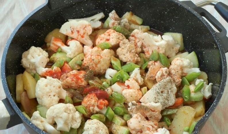 Блюда с капустой и картошкой: с мясом, кабачками, рагу в мультиварке, духовке, тушеная, с курицей, фаршем, свининой. ТОП-4 пошаговых рецептов с ФОТО