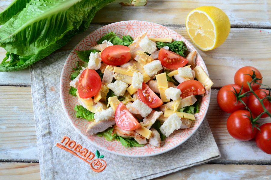 Салат цезарь с курицей: простой, классический, в домашних условиях, с сухариками. ТОП-3 лучших пошаговых рецептов с ФОТО