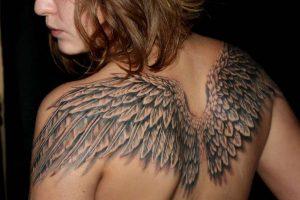 Тату с крыльями ангела