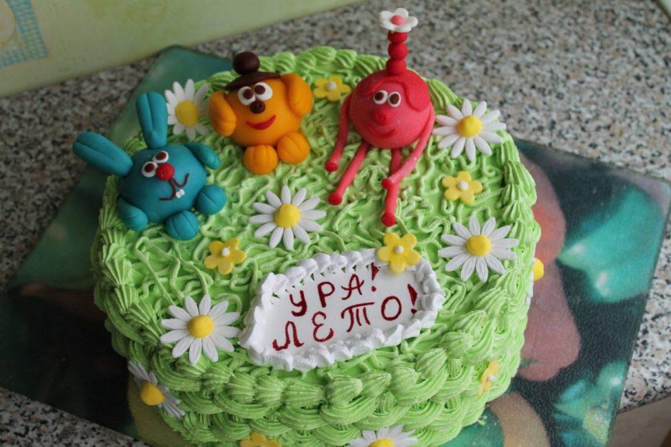 Нежные торты украшаем ромашками