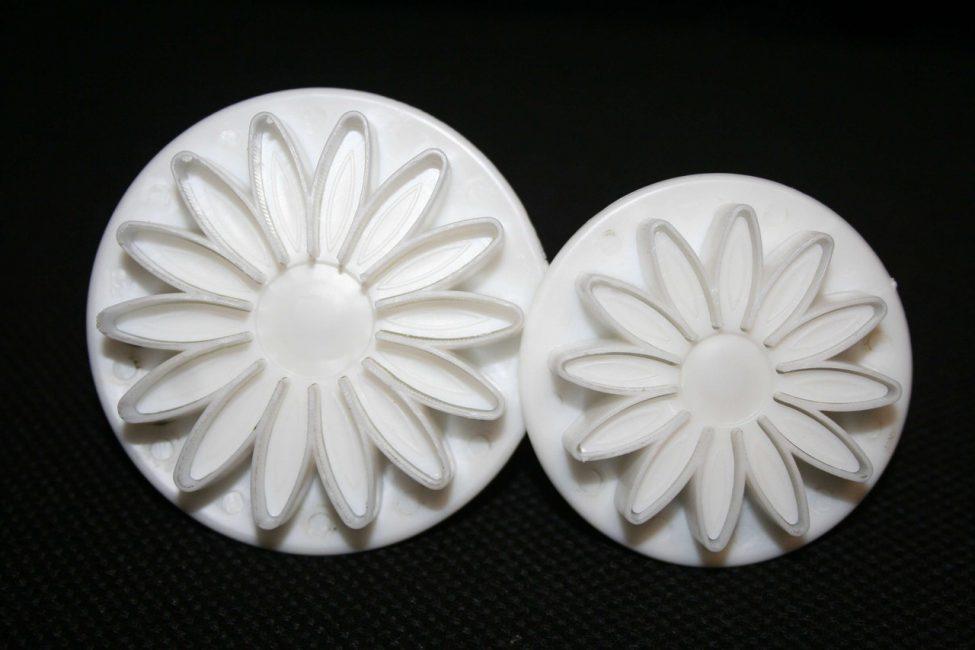 13-5-975x650 Розы из мастики рецепт с фото пошагово