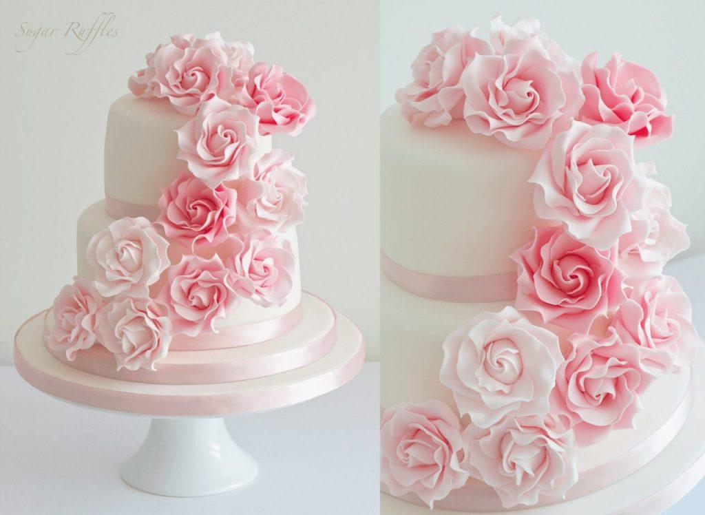 Розочки из мастики на свадебном торте